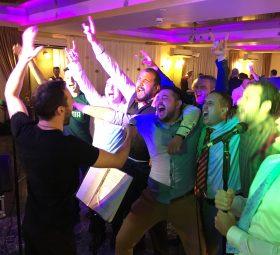 Cum să alegem formația pentru nuntă